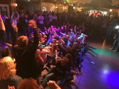 DJ für Firmenfeier in Hamburg buchen