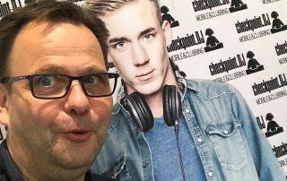 DJ Thomas Abraham auf der Checkpiont.DJ