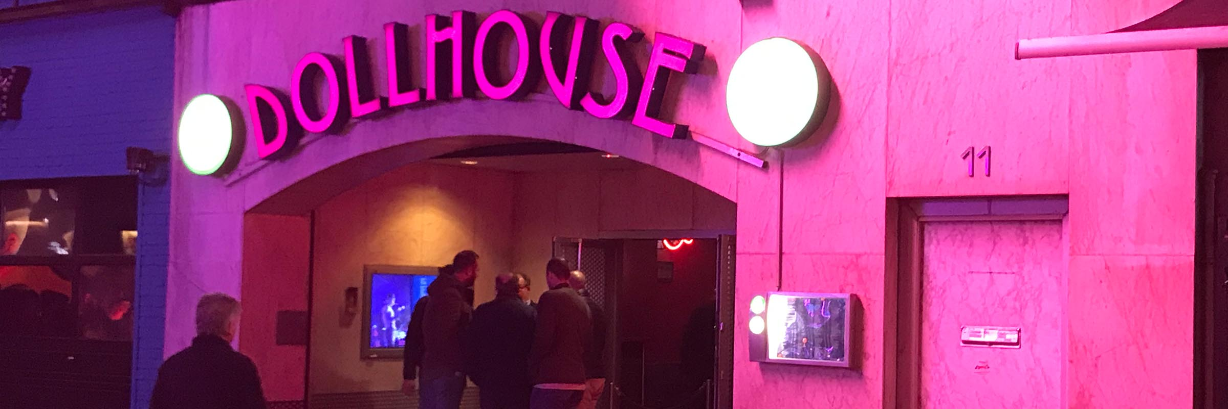 Dollhouse mit DJ Thomas Abraham